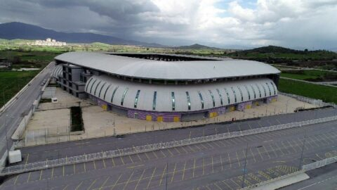 Tire'de 60 milyon TL'lik hayalet stadyum