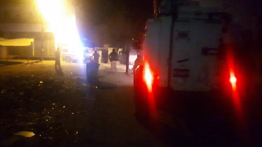 Adana'da iki aile arasında silahlı çatışma! Mahalle savaş alanına döndü