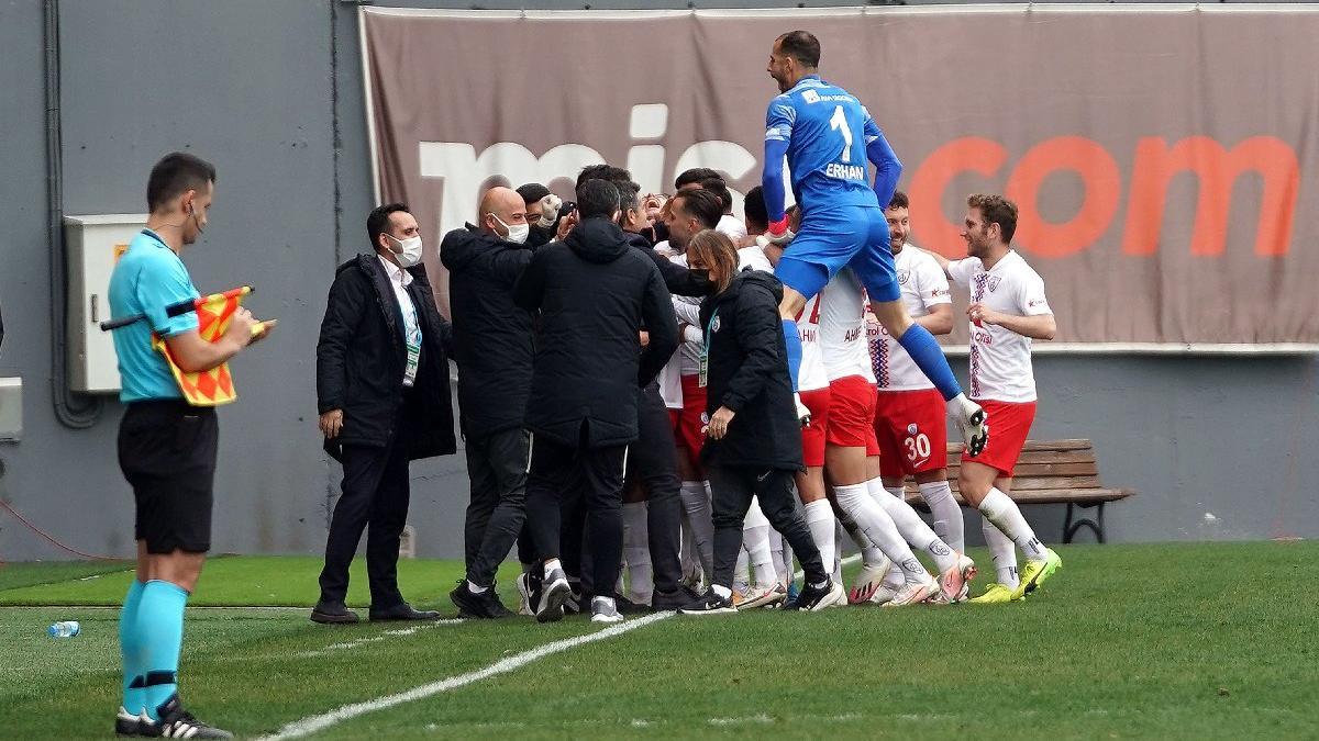 Altınordu İstanbulspor'u deplasmanda devirdi, seriyi devam ettirdi
