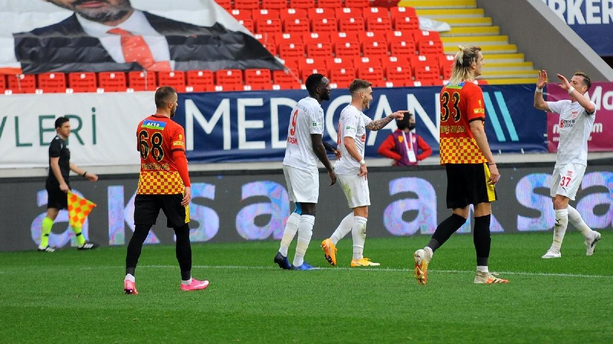 Sivasspor gol olup Göztepe'ye yağdı: 3-5