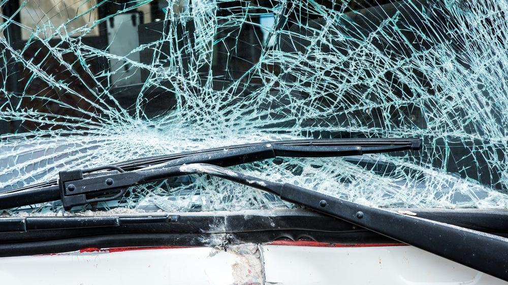 Polonya'da yolcu otobüsü kaza yaptı