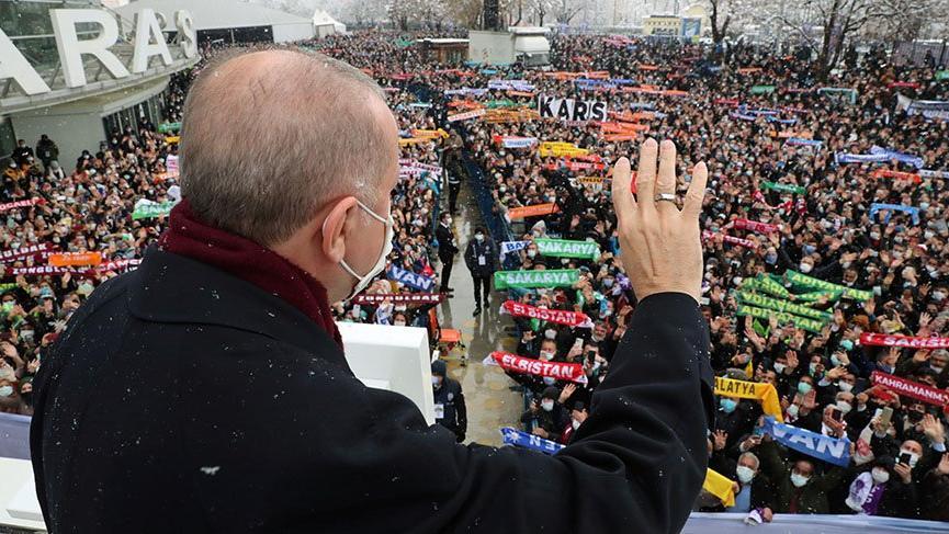 Lebaleb kongrede Erdoğan yeniden genel başkan seçildi