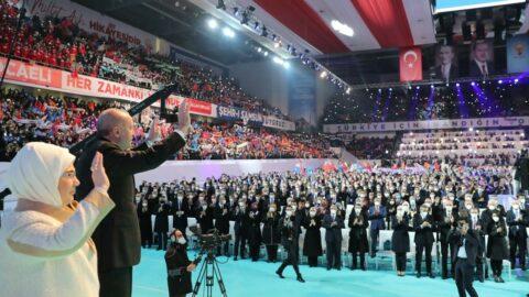 'Lebaleb' AKP kongresine tepkiler çığ gibi büyüdü