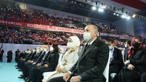 AKP'den lebaleb kongre için ilginç açıklama: Yatay çekimden öyle görünüyor