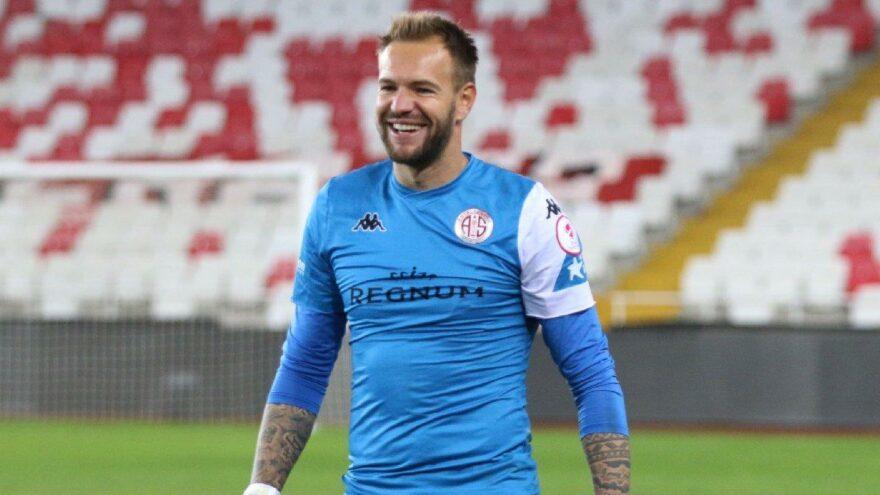 Süper Lig'de kalesini gole en çok kapatan Boffin!