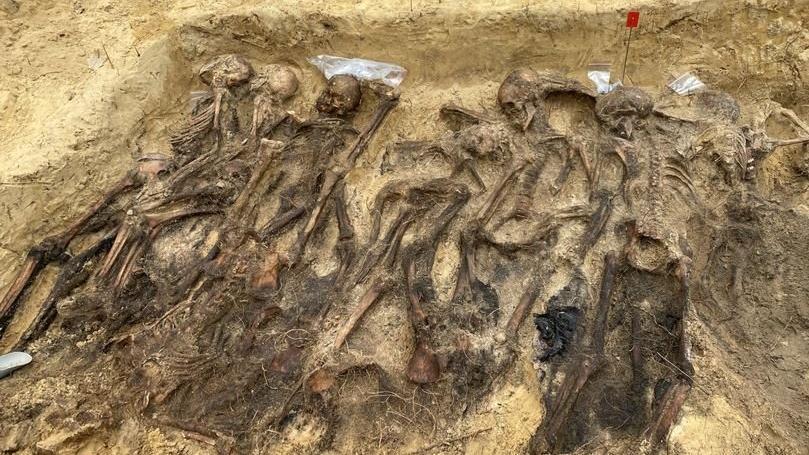 Polonya'da son yılların en büyük toplu mezarı: Onlarca Nazi kurbanı bulundu