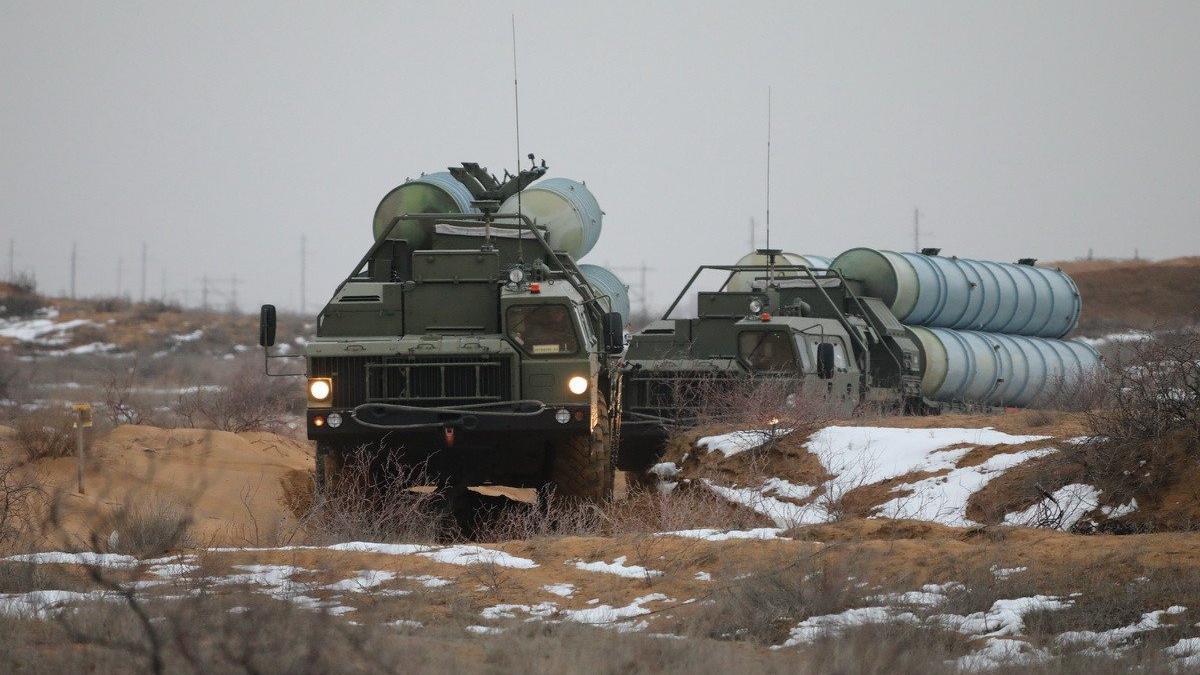 Rusya'nın S-400 tatbikatı sürüyor: 700 km uzaktaki hedefi vurdu