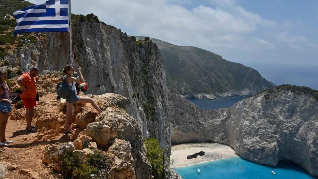 Yunanistan turizm sezonunu 14 Mayıs'ta açacak