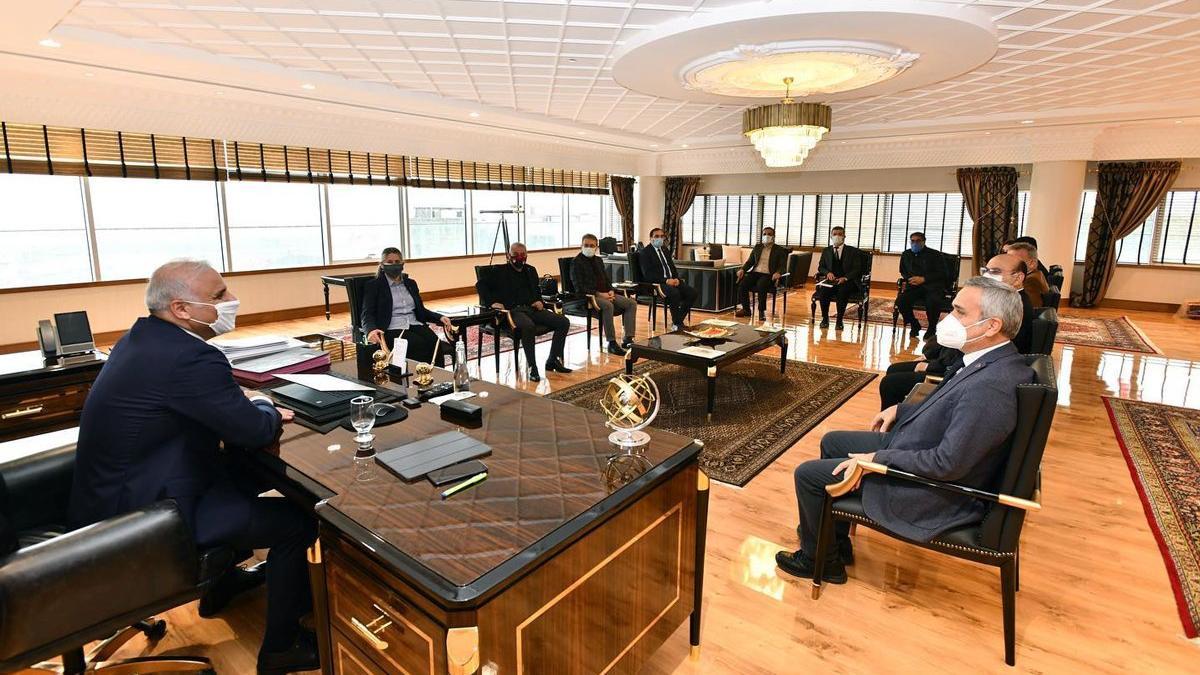 AKP'li Belediyeden 898 bin TL'lik makam odası açıklaması: Yanlış anlaşıldı