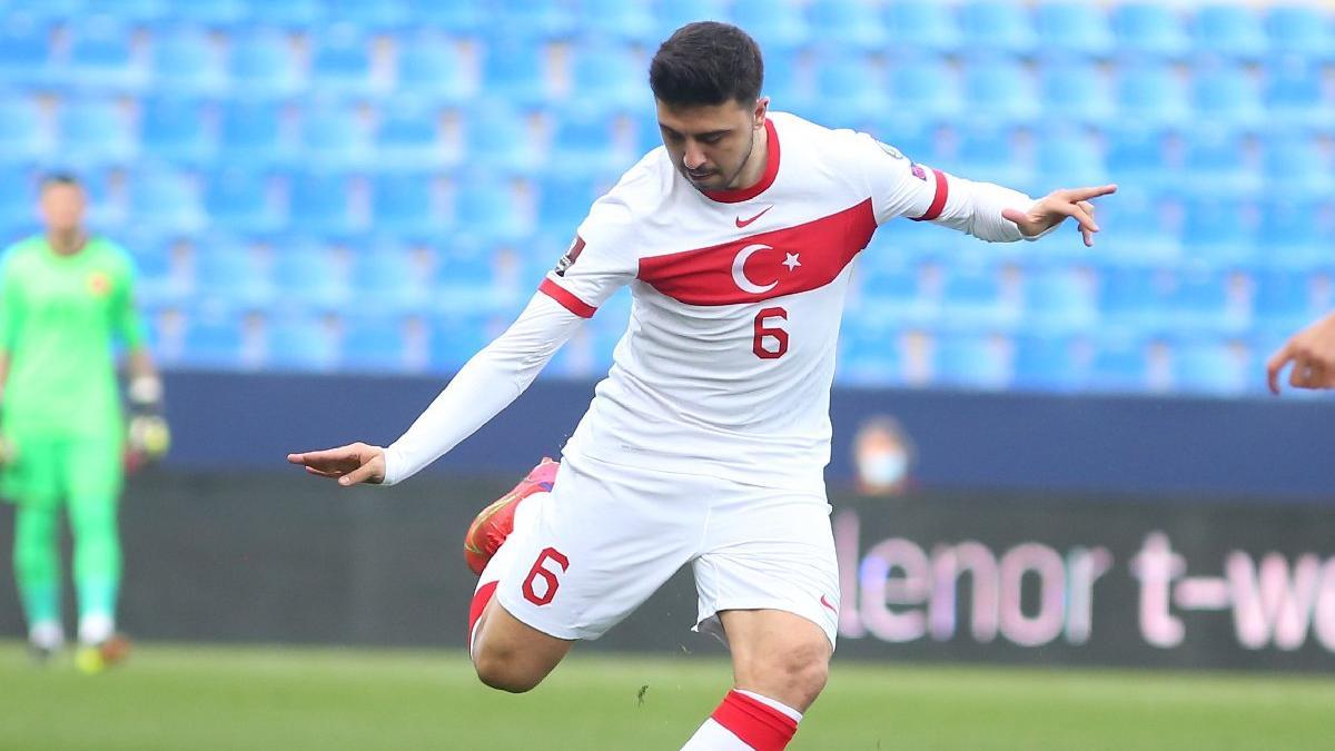 Ozan Tufan: Oynamak istediğim yer Premier Lig