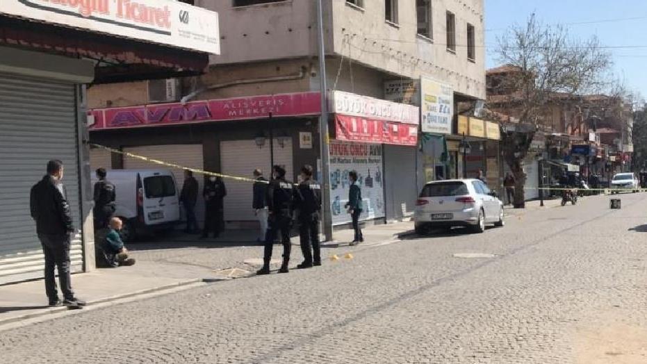 Sokak ortasındaki cinayetle ilgili 10 gözaltı