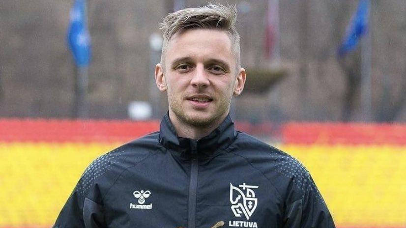 BB Erzurumspor futbolcusu Novikovas'a büyük onur