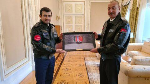 Ermenistan'ı hezimete uğratan Azerbaycan'dan Bayraktar'a 'Karabağ Nişanı'