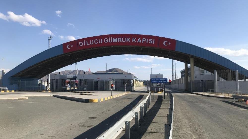 Azerbaycan'a kimlikle seyahat başladı