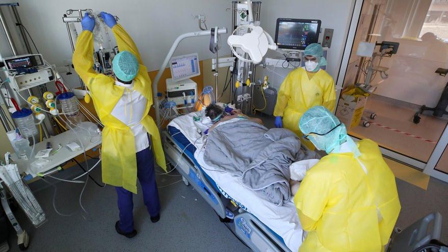 Korkutucu corona raporu: Taburcu olan 8 hastadan 1'i ölüyor