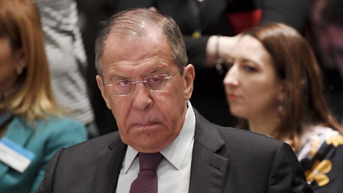 Lavrov'dan Ukrayna mesajı: Yerle bir olur
