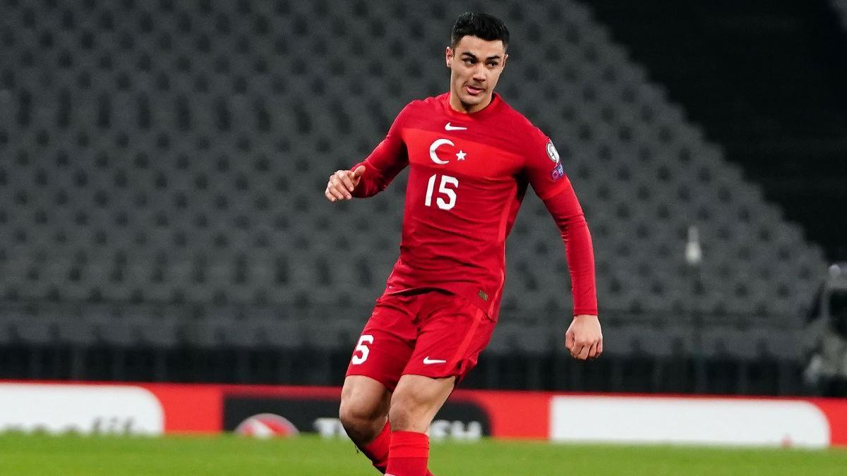 Ozan Kabak: 'Dünya Kupası'nda Bizim Çocuklar'ı herkes görecek'