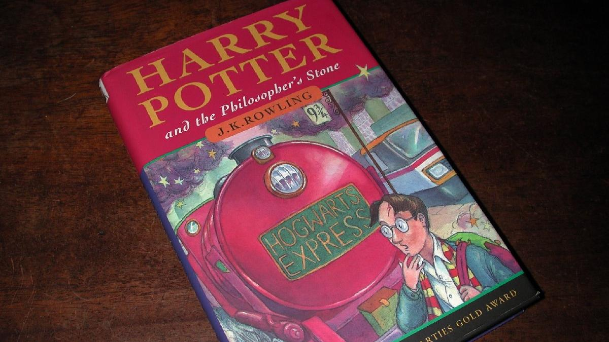 10 TL'ye aldığı Harry Potter kitabı zengin etti