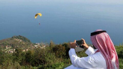 Doğaya Arap çadırıyla yağma