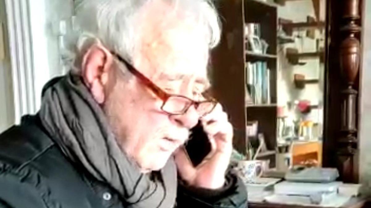 81 yaşındaki mimarı dolandırırken suç üstü yakalandılar