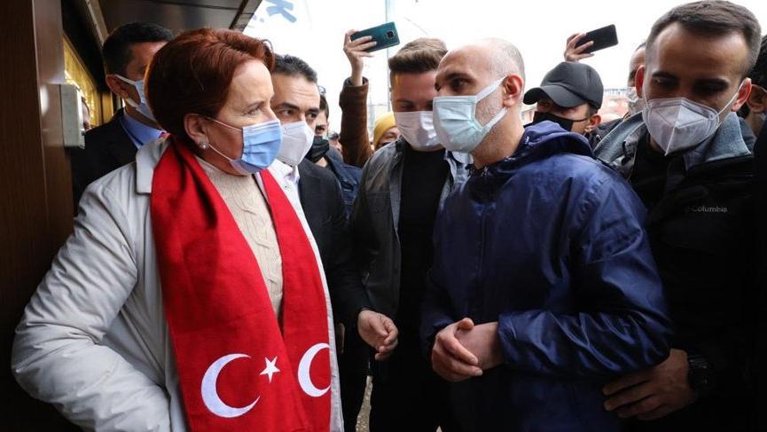 Meral Akşener, Hakkari'den seslendi: Karpuz gibi ikiye bölündük