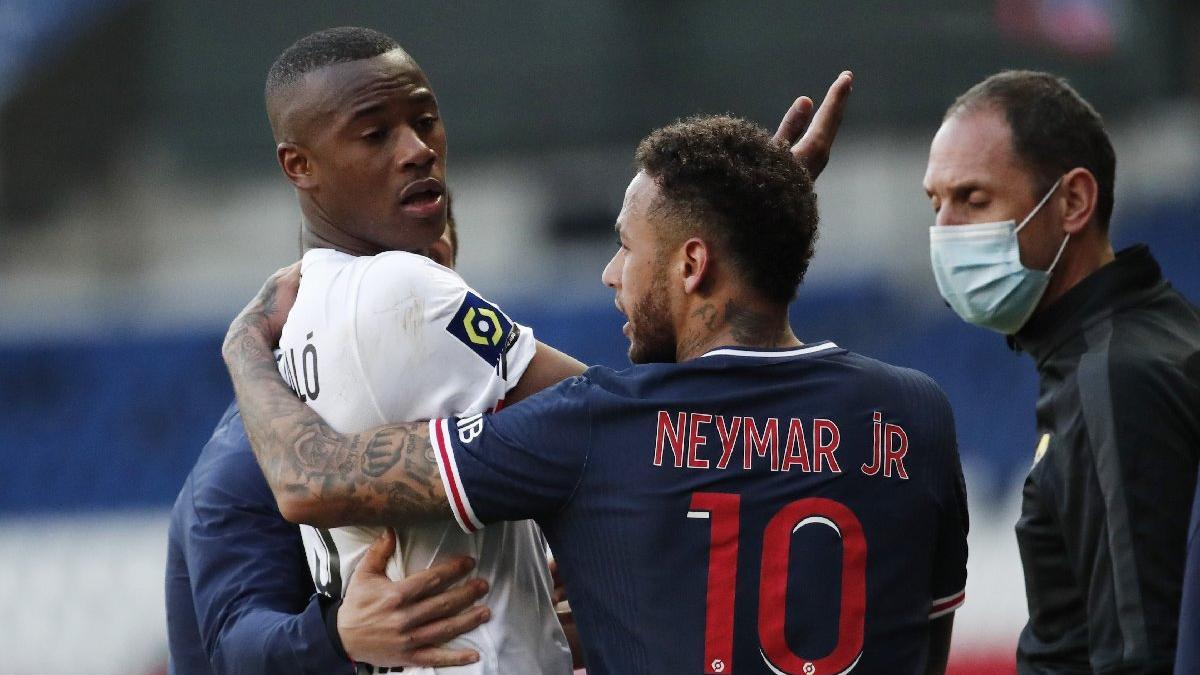 Lille PSG'den zirveyi geri aldı! Kırmızı kart gören Neymar koridorda çıldırdı
