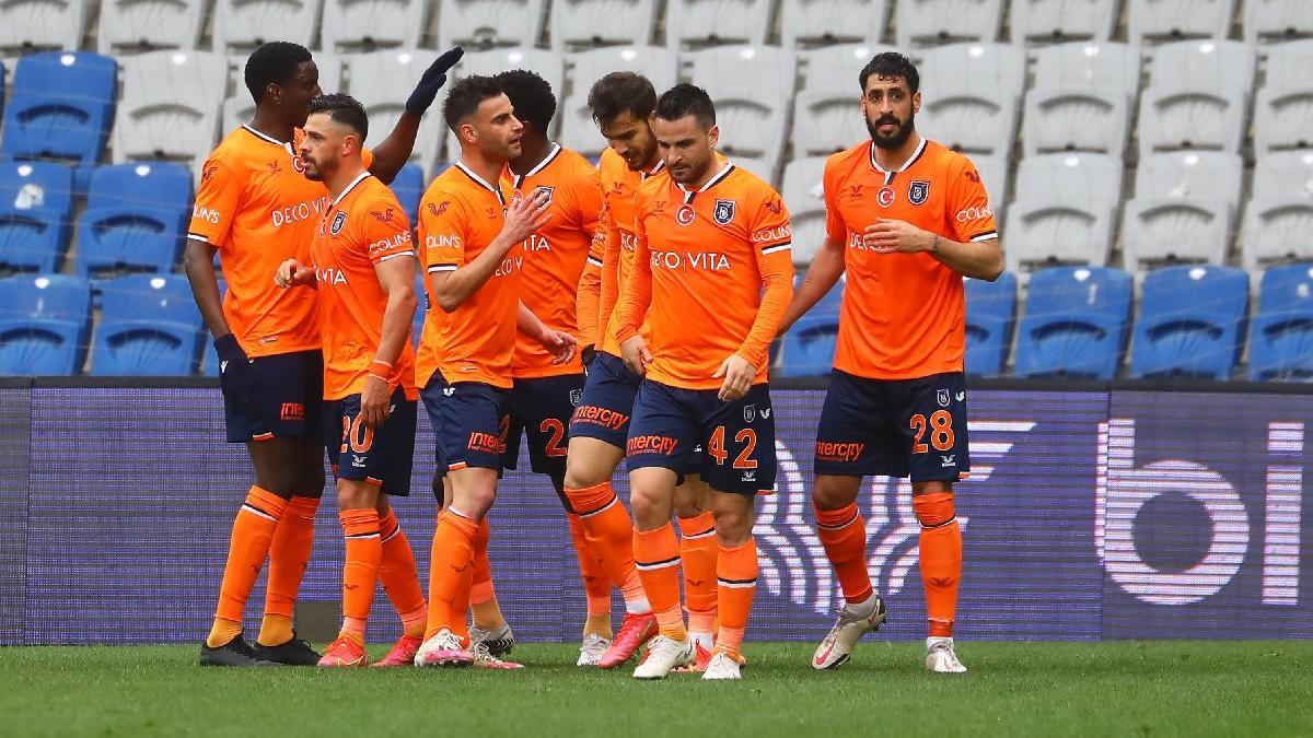 Başakşehir, Yeni Malatyaspor'u son nefeste devirdi: 1-3