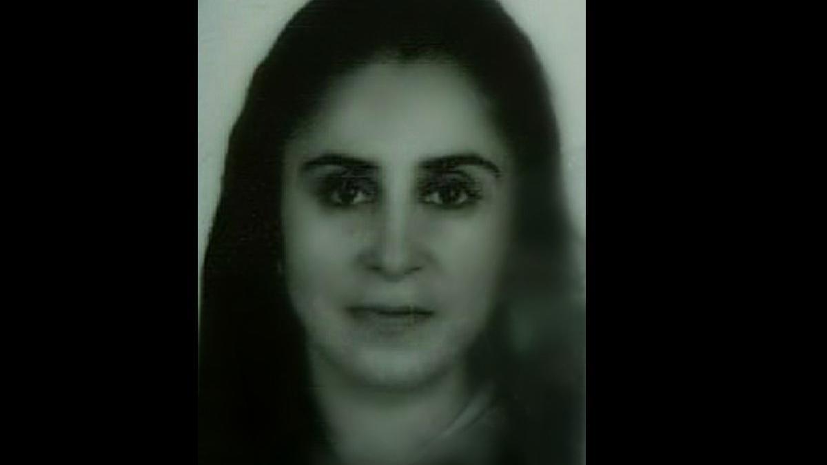Karantinada olan kadın evinde ölü bulundu