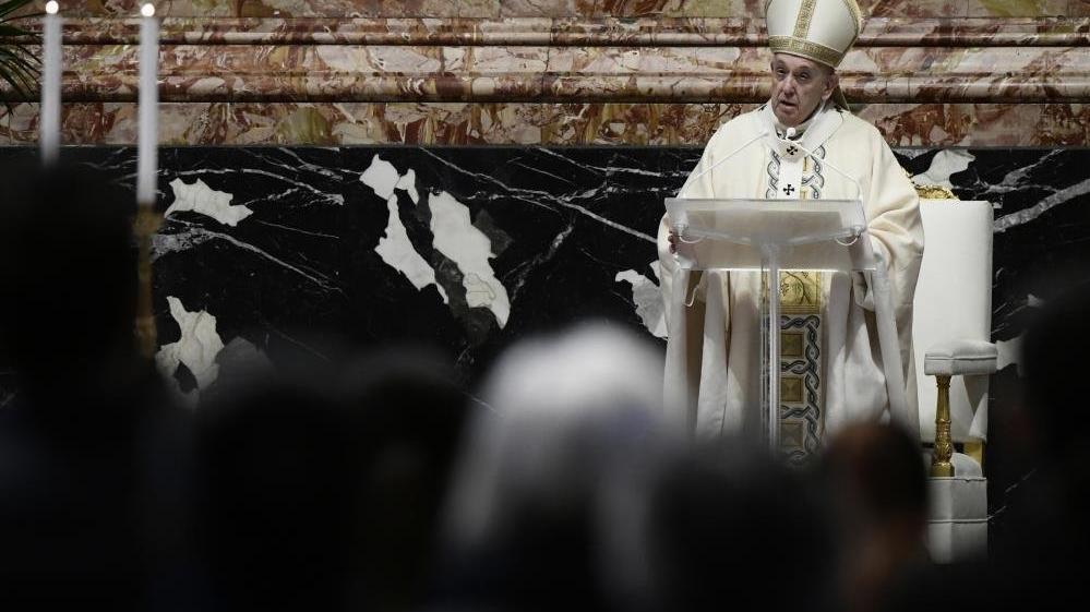 Papa: Yoksulluğa rağmen silahlara para yatırmak skandaldır