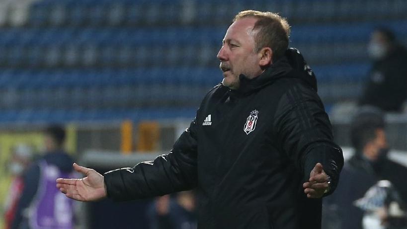 Beşiktaş Teknik Direktörü Sergen Yalçın'dan kadroda zorunlu değişiklikler