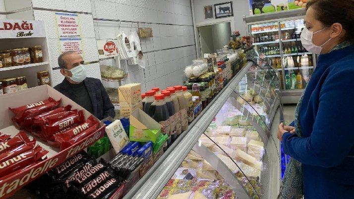 Esnaf CHP'li vekile dert yandı: Vatandaş artık peyniri gramla alıyor