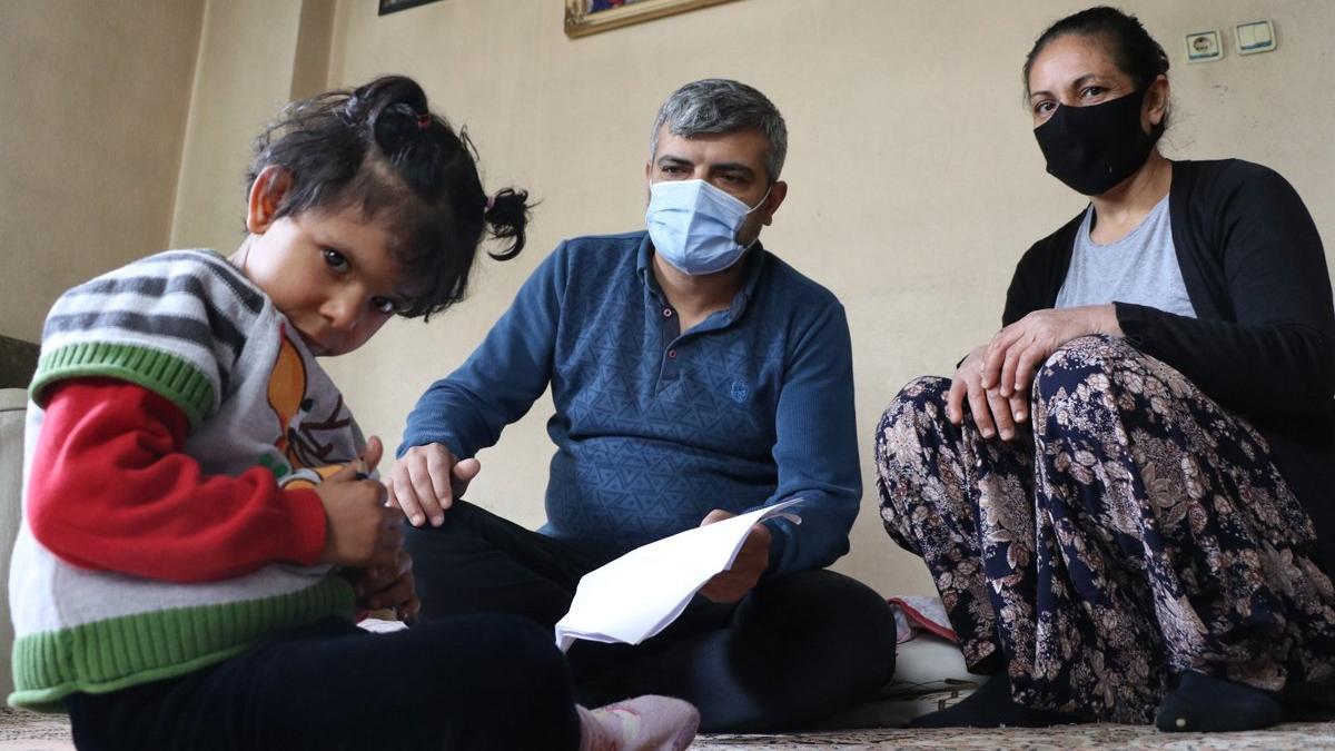 Elektrik borcu hasta çocuklu aileyi perişan etti