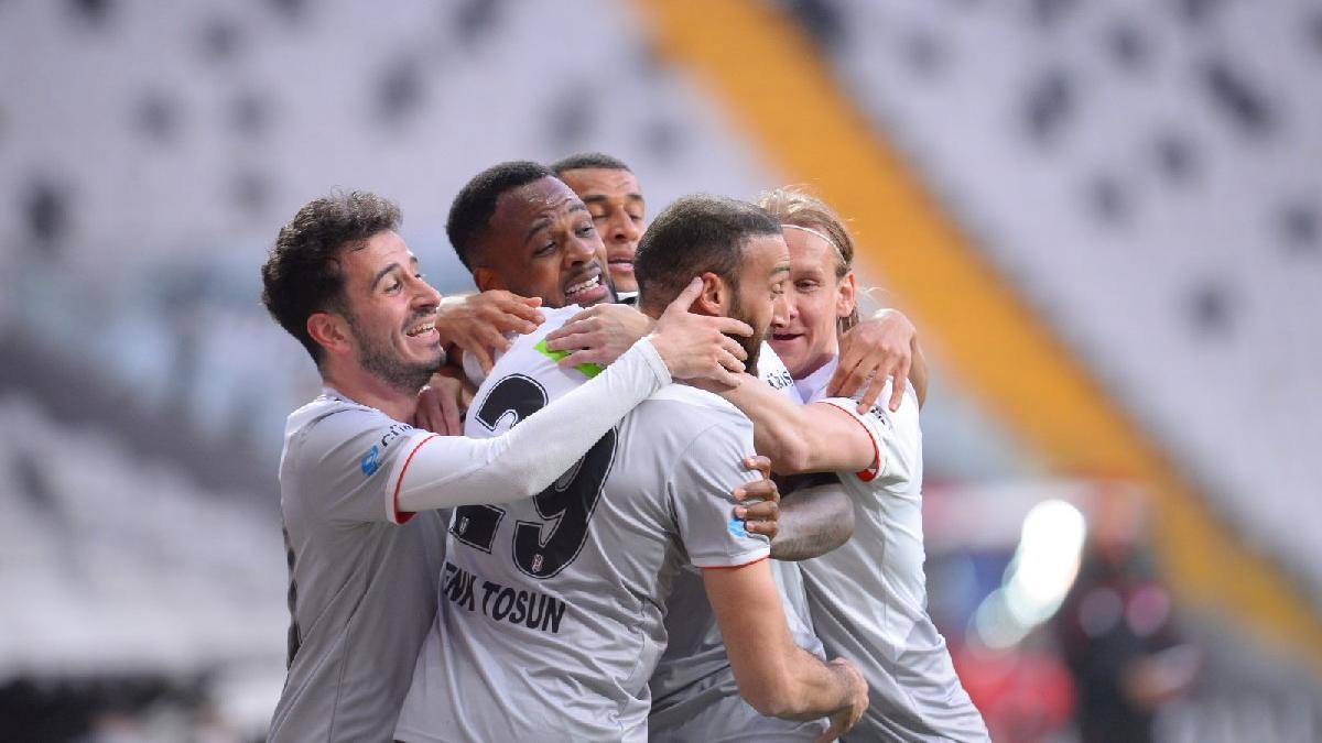 Beşiktaş, Alanyaspor'u 3-0'la geçti