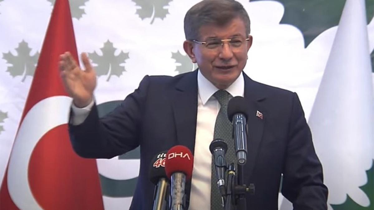 Ahmet Davutoğlu'ndan Erdoğan'a 'one minute' göndermesi