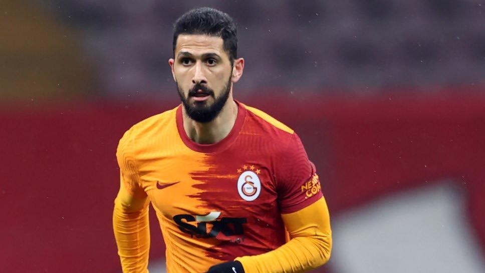 Emre Akbaba'dan sözleşme isyanı: 'Galatasaray için iki kez ayağımı sahada bıraktım'