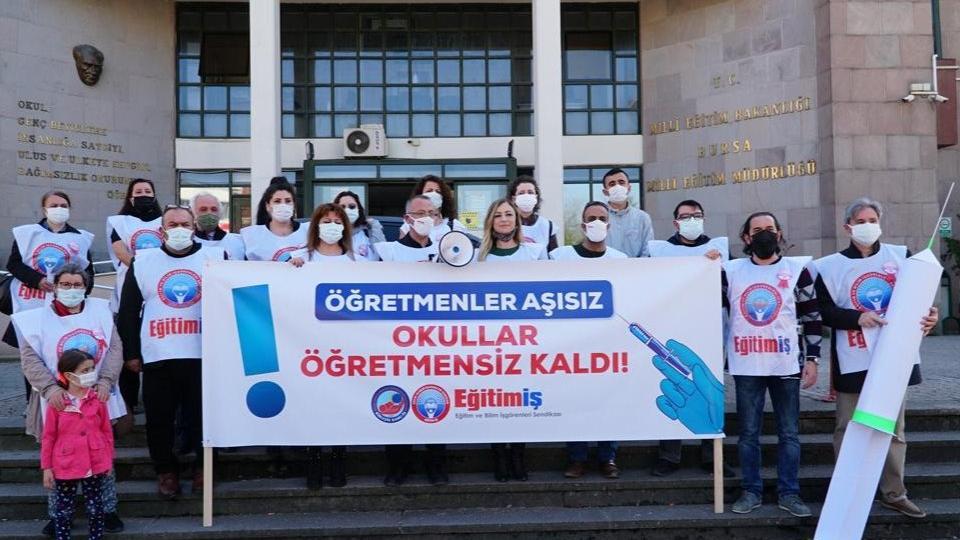 Eğitimcilerden çağrı: Öğretmenler virüse yakalandı, yüz yüze eğitime ara verin