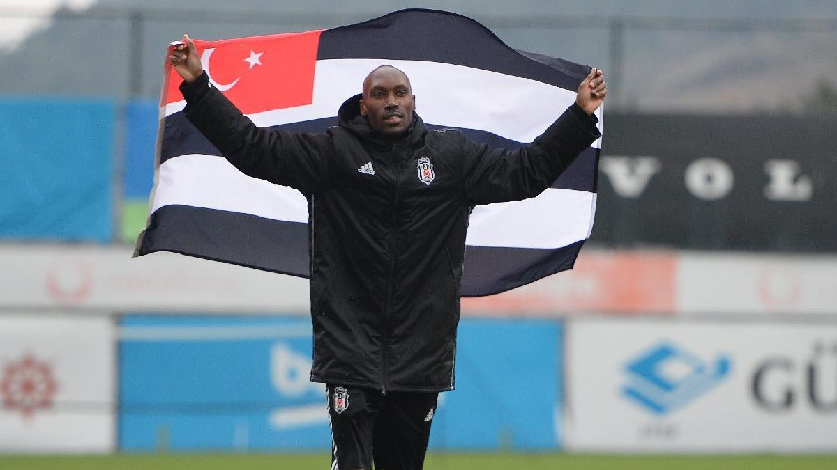 Beşiktaş'ın 38'lik delikanlısı Atiba Hutchinson: 'Boğaz'ın en yaratıcısı'
