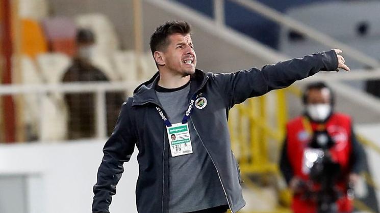 Emre Belözoğlu: Son dakikada net bir penaltımız verilmedi