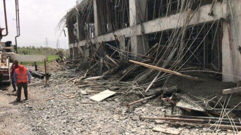 Şırnak'ta terminal inşaatında iskele çöktü: 4 yaralı
