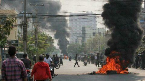 Darbe karşıtı protestolarda 80'den fazla kişi öldü