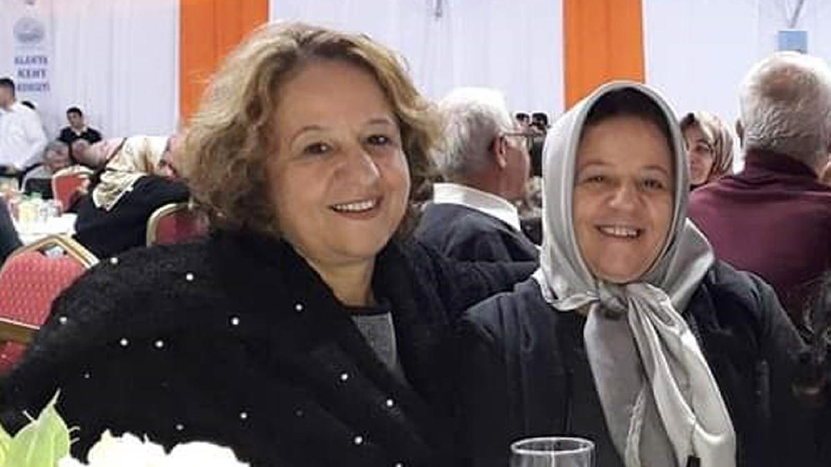 İkiz kız kardeşler aynı gün corona virüsten öldü