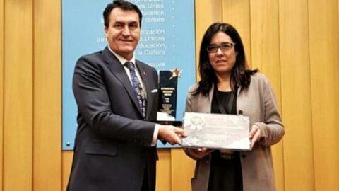 AKP'li Başkan, çakma UNESCO ödülü için binlerce lira harcamış