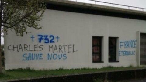 Fransa'da camiye çirkin saldırı