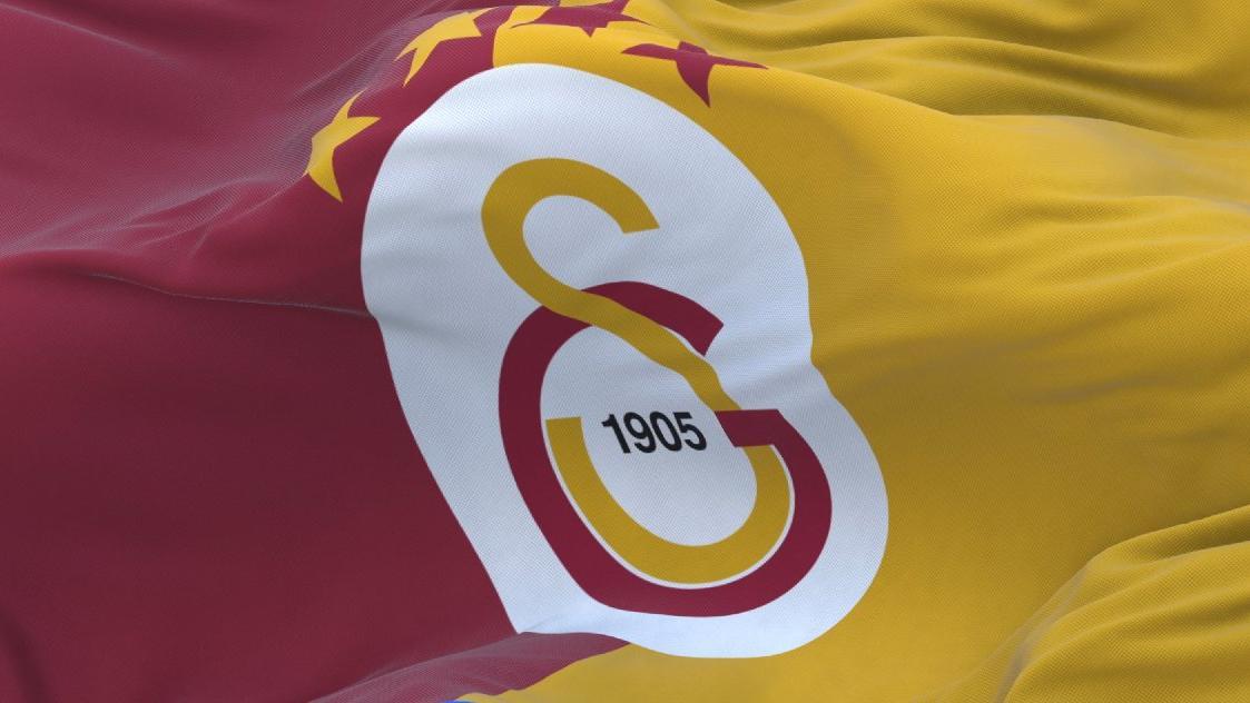 Galatasaray'dan Yedlin-Lens paylaşımı: Yorumsuz!