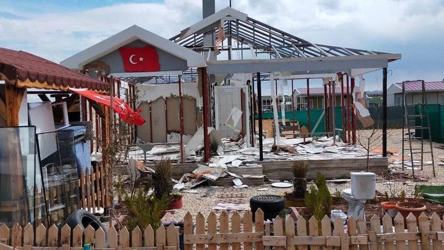 Hobi bahçeleri yıkıldı, vatandaş gözyaşına boğuldu