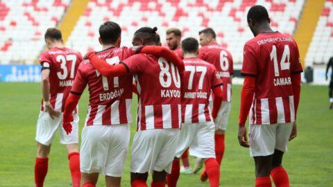 Sivasspor Konyaspor'u geçti, seriyi devam ettirdi