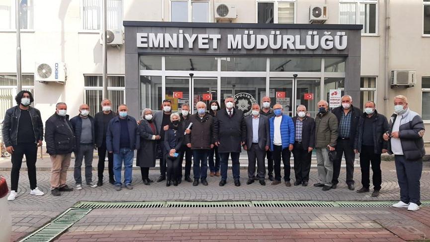 '128 milyar dolar' afişi asan CHP'li başkan, 'kamu görevlisine hakaret' gerekçesiyle ifade verdi