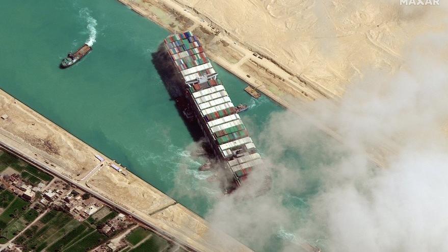 Mısır, Süveyş Kanalı'nı tıkayan gemiye el koydu