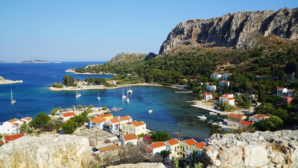 Yunan adalarından 'Özgürlük Operasyonu': Ada sakinlerine aşı yapıp turizmi açıyorlar