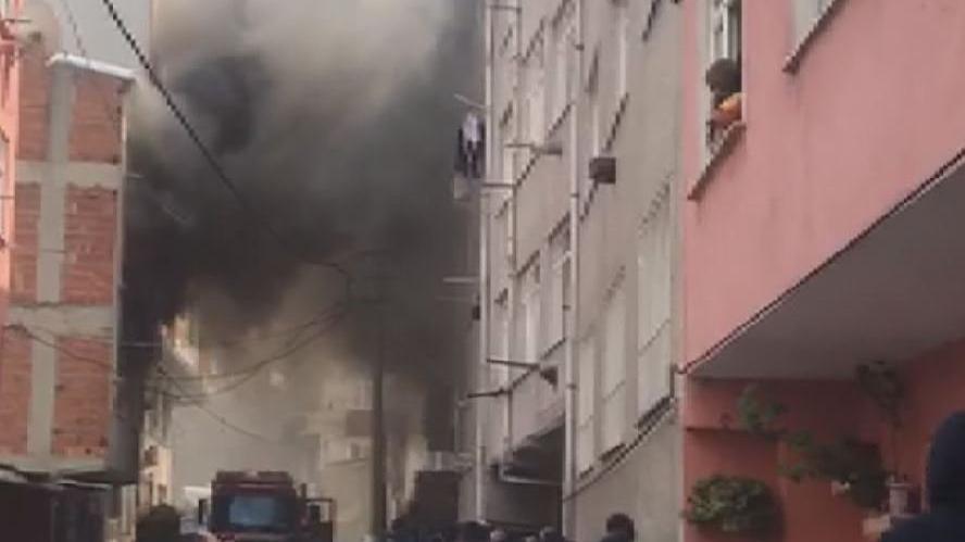 İstanbul'da alevler mahalleliyi sokağa döktü